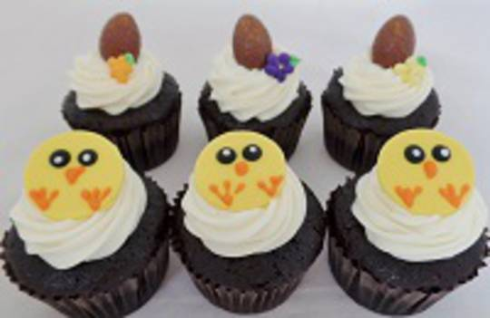 Easter Chick and Egg Cupcakes