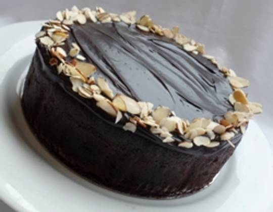 Non-Gluten Chocolate Almond Cake