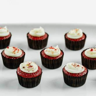 Petit Red Velvet Mini Cakes