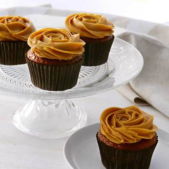 Salted Caramel Rosette Cupcakes